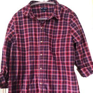 GAP poplin shirt - size L. Never worn.